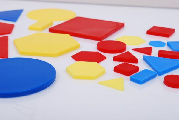 Forme geometrice plane plastic 3