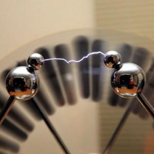 Masina electrostatica Wimshurst 11