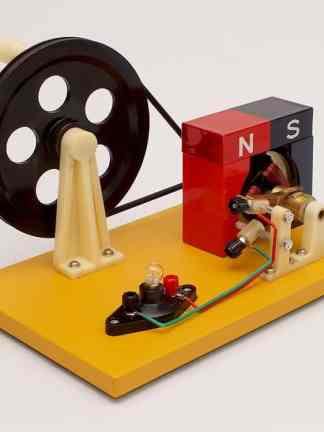 Motor de curent continuu / dinam – model functional