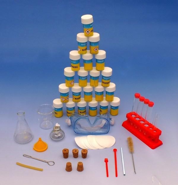 Micul chimist - trusa de chimie pentru elevi 3