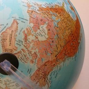Glob geografic pamantesc iluminat 23