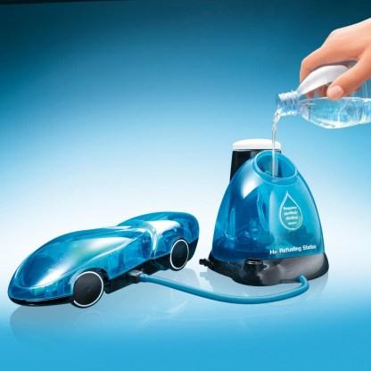i-H2Go – masinuta teleghidata pe baza de hidrogen
