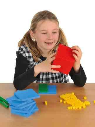 Sistemul zecimal, cuburi in baza 10, set pentru clasa
