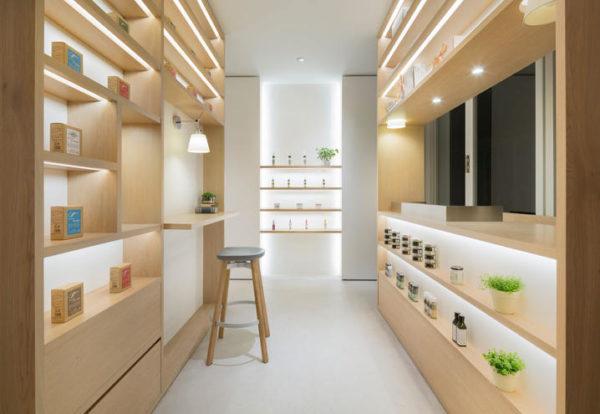 """alt=""""foostores-retaildesign-nendo-interiordesign-stool-su-emeco"""""""