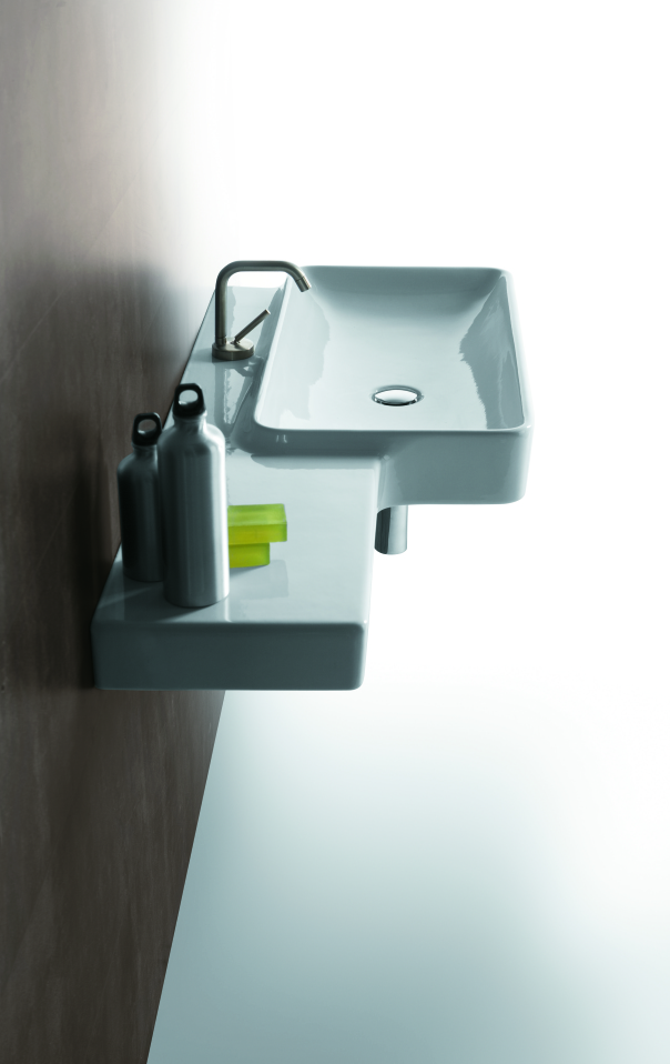 "alt=""lavabo-materiali-simas-ceramica-flow-sospeso"""