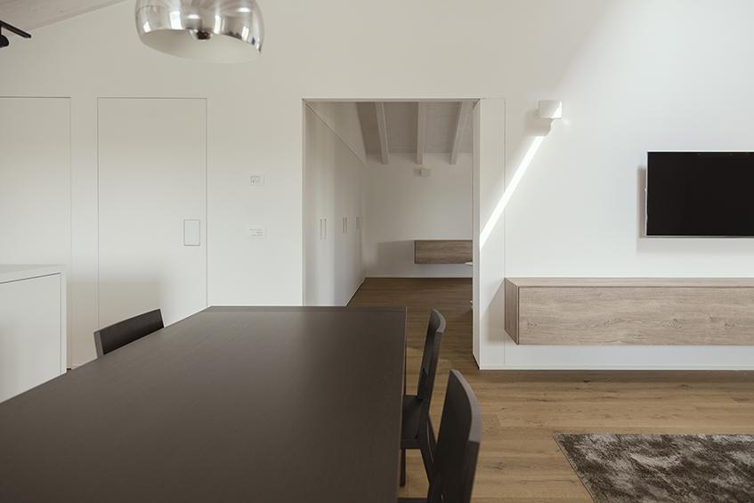 """alt=""""Cinque domande a - ZDA architettura - Casa Lu - Vista Soggiorno"""""""