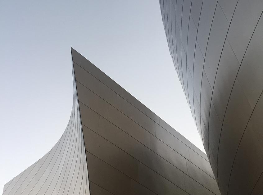 "alt=""Alluminio tra riciclabilità e design - Frank Ghery - Walt Disney concert hall - Los Angeles"""