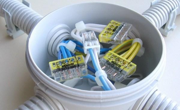Распределительная коробка — конструкция и виды коробок для соединения проводов. 105 фото идей применения