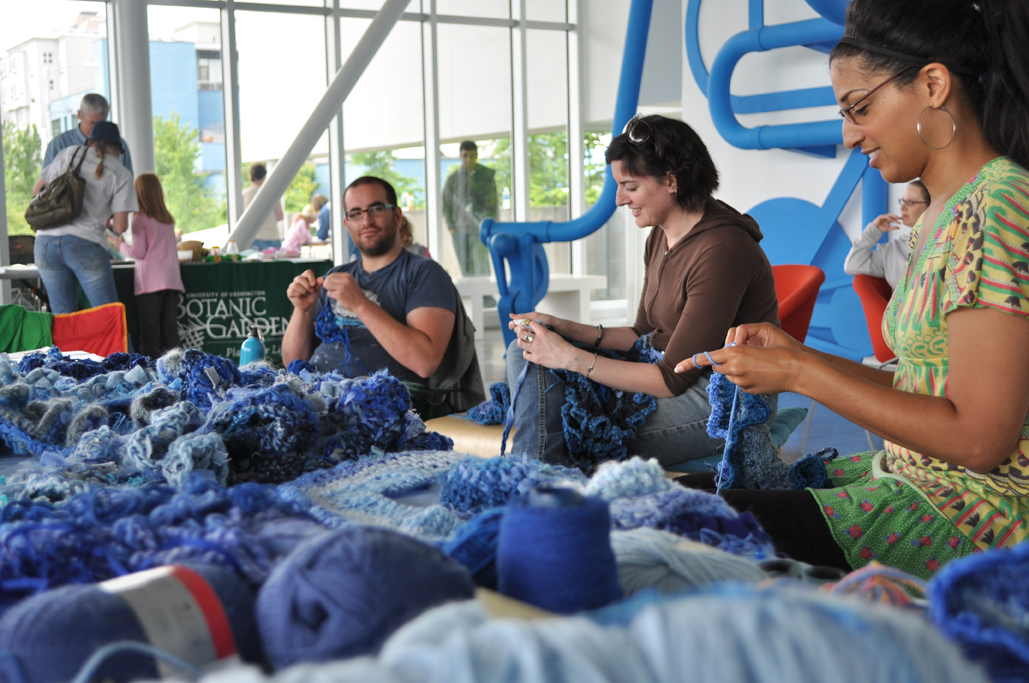 come crochet at the Olympic Sculpture Park!!
