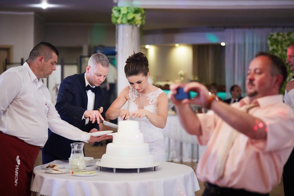 tort ślubny`