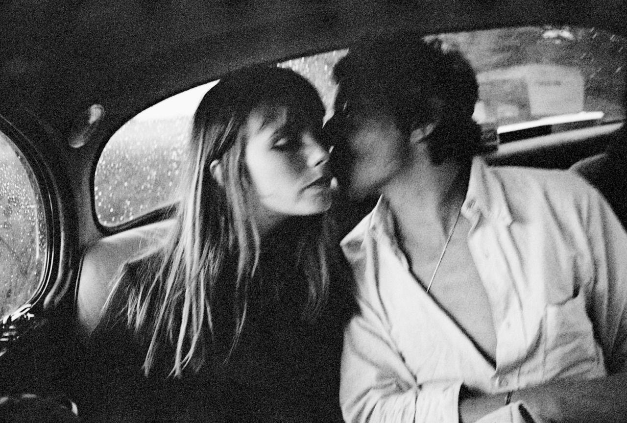 Jane Birkin e Serge Gainsbourg em Paris, 1969. Foto: Andrew Birkin.