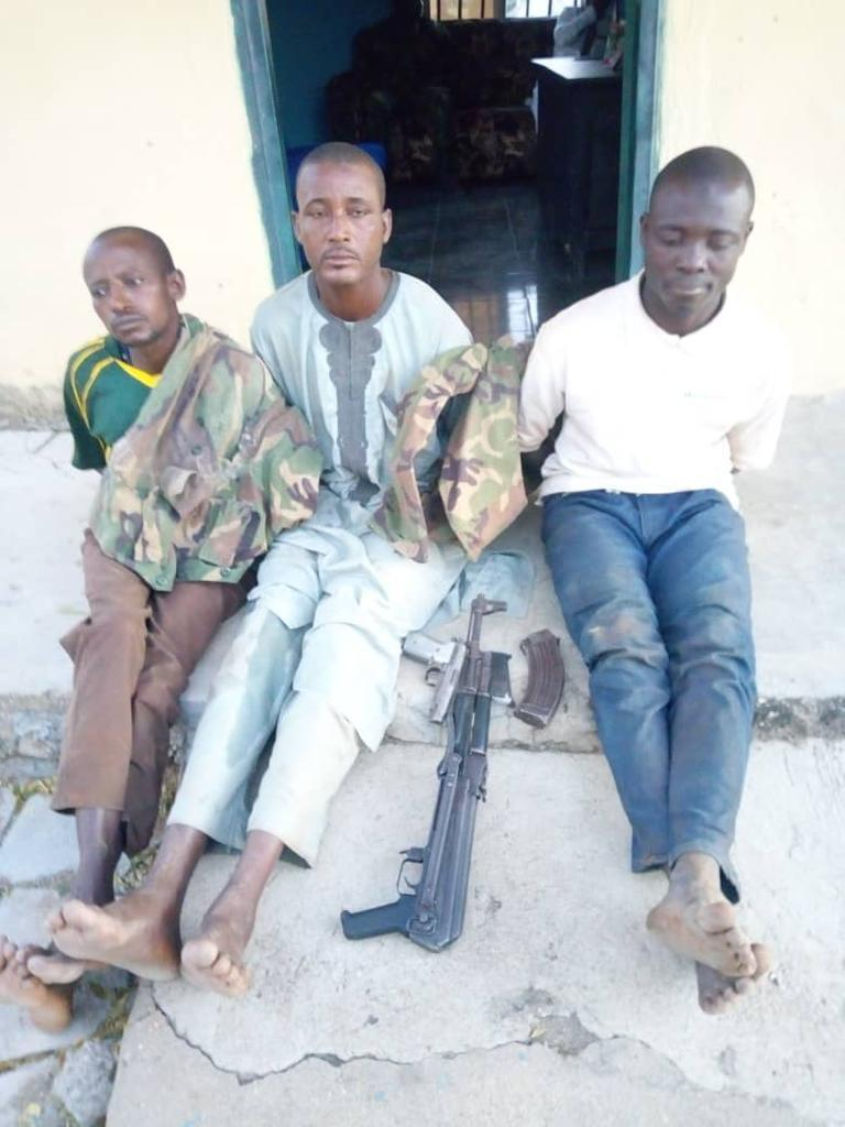 Plateau Kidnaping Gang Arrested with Military Uniforms in Kanam Local Government (4)