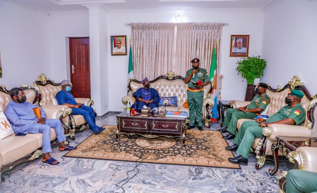 Plateau New AG, GOC 3rd Armored Division Visits Gov, Lalong (2)
