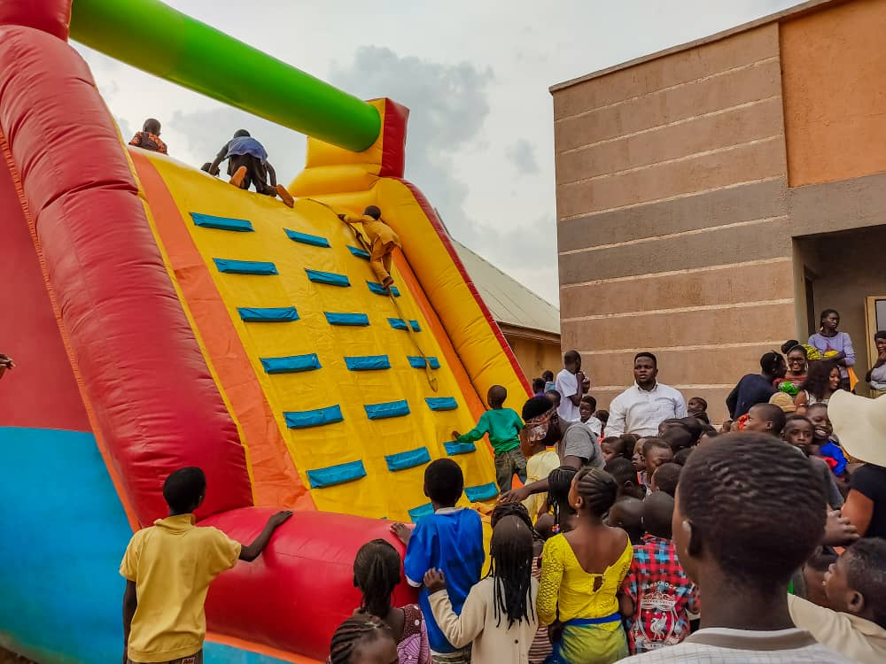 Godwin Okoko gifts 10 Plateau orphan children scholarship in Bassa LGA as he marks birthday 4
