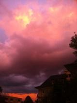 Wolken-Farben-Explosion am Himmel in Köln - 10-08-2014