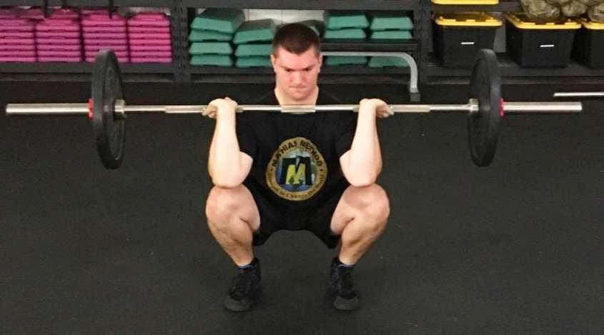 Front Squat Leg Strength Training Exercise 1
