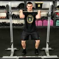 Front Squat Leg Strength Training Exercise 2