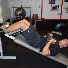 Weighted Decline Abdominal Crunches 4