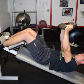 Weighted Decline Abdominal Crunches 1
