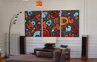 """Other view of """"Le bruit des lettres"""" , acrylic and spraypaint on three 120cm/80 canvases ."""