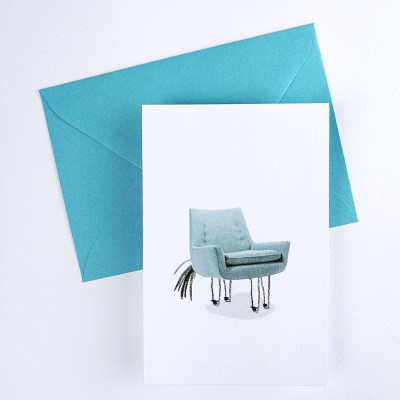 Les Folles Aventures : Carte Postale Chaise