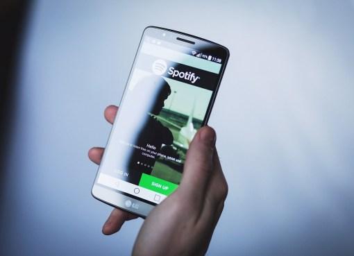 Spotify lanza los primeros podcasts de vídeo