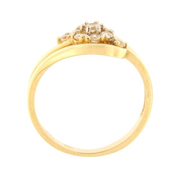 Kullast sõrmus tsirkoonidega Kood: 109pt-1