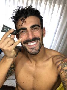 Cuidados cosméticos para hombre: el contorno de ojos