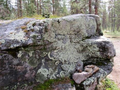 saamelainen-muinaisusko-kirkkopahta-2