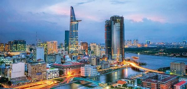 Thành phố Hồ Chí Minh là trung tâm kinh tế, văn hóa, chính trị lớn nhất nước