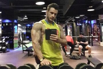 Какие мышцы тренируют отжимания на брусьях?
