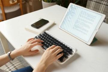 Пишущая машинка или беспроводная клавиатура?