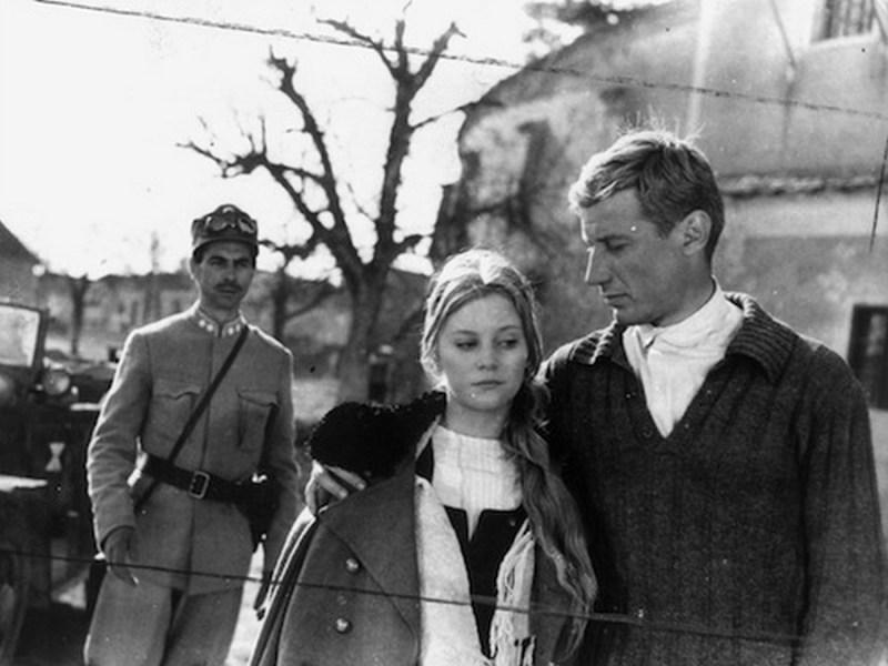 """Scenă din filmul """"Pădurea Spânzuraților"""" (1965)"""