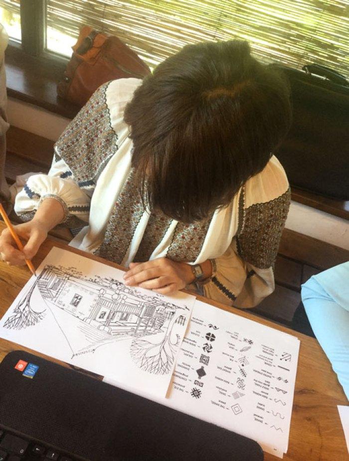 Lucrând în atelierul de la Viscri