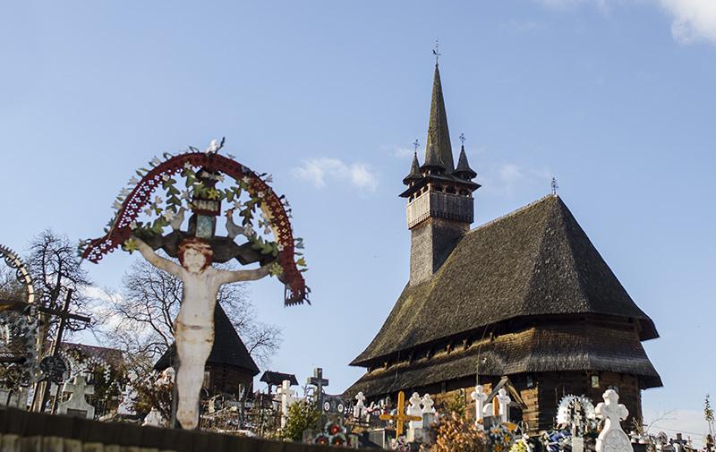Biserica de lemn din Budeşti (1643), Maramureş, parte a patrimoniului mondial UNESCO