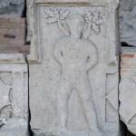 istoricul Mariana Petrut Complexul Tropaeum Traiani Adamclisi romani daci interior (12)