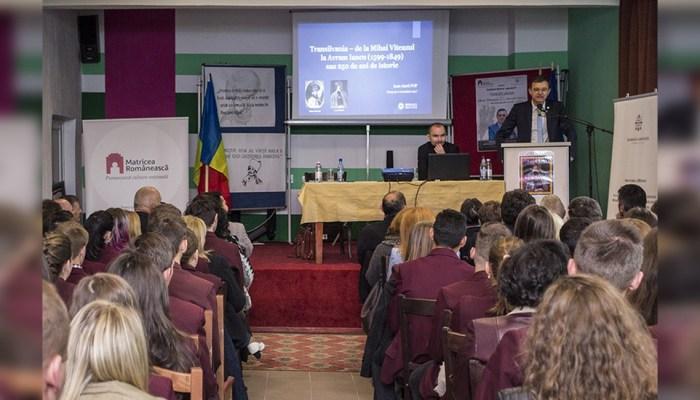 Ioan Aurel-Pop preşedintele Academiei Române mesaj tineri sală Întâlnirile Matricei slider