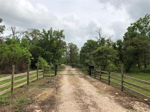 Property for sale at 1795 County Road 30, Angleton,  Texas 77515