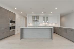 Property for sale at 2047 Westcreek Lane Unit: 1301, Houston,  Texas 77027