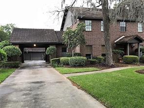 Property for sale at 55 Oak Hollow Circle, Lake Jackson,  Texas 77566
