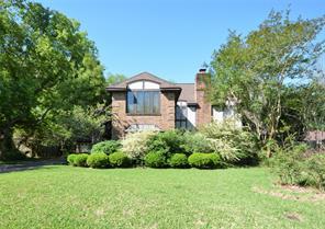 Property for sale at 125 Arrowwood Street, Lake Jackson,  Texas 77566