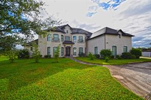 Property for sale at 1905 Woodglen Court, Pearland,  Texas 77581