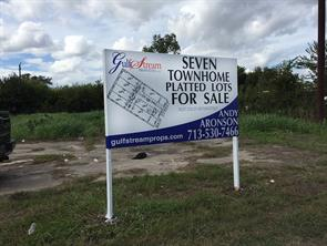 Property for sale at 10700 S Main Street, Houston,  Texas 77025