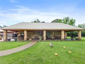 Property for sale at 600 Brit Bailey Boulevard, Angleton,  Texas 77515