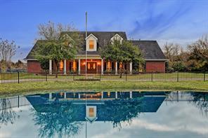 Property for sale at 2275 Washington Avenue, Alvin,  Texas 77511