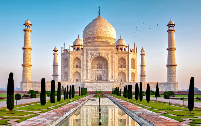 The Grandiose Taj Mahal and its Secrets