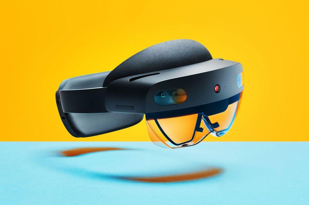 Microsoft HoloLens Mixed Reality Device – Augmented Reality Headset