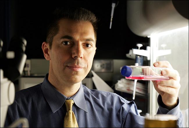 Dr. Robert Lanza.