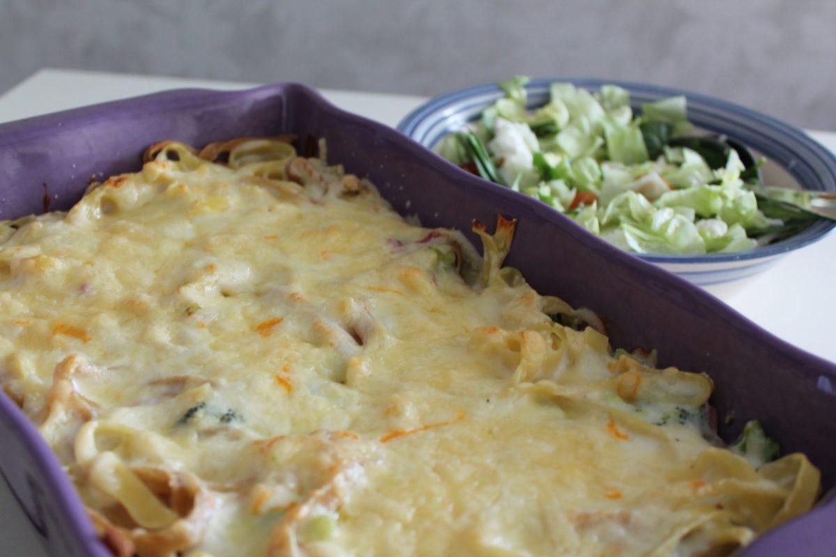 Skink- och pastagratäng med broccoli