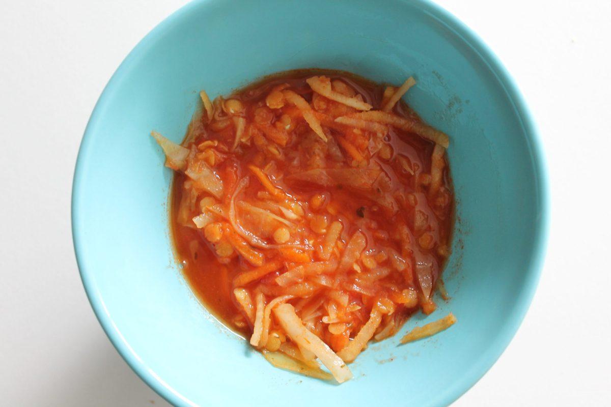 Höstsoppa/höstgryta med vitkål, rotsaker och linser